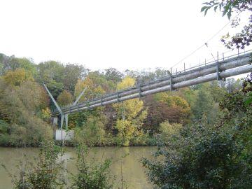 Leitungsbrücke Neckargröningen